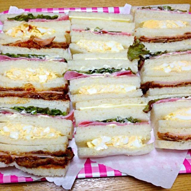 みんな大好きハムカツサンドゆで卵のサンドイッチと一緒に食べると、美味〜(笑)ハムレタスサンドも添えて - 118件のもぐもぐ - 土曜日恒例 3 by tanuko