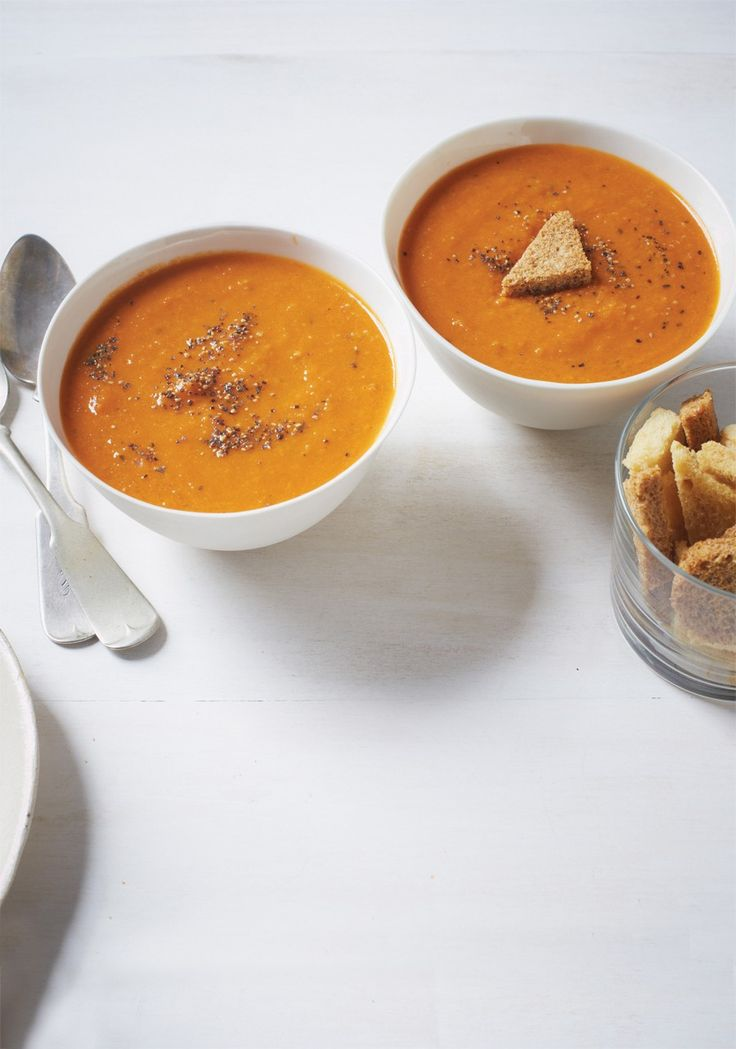 5:2 Diet / Fast Diet Recipe - Homemade Tomato Soup...60 calories per serving