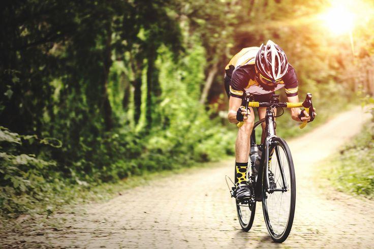 Amateur of professional? Wie regelmatig sport, moet zijn lichaam goed verzorgen! Heb je last van een blessure? Orthopedische verbanden verlichten de pijn en voorkomen nieuwe kwetsuren. Wist je dat voeding een grote invloed heeft op je fysieke prestaties? PharmaMarket biedt aangepaste sportvoeding en supplementen om je energie te verhogen, sneller spiermassa te ontwikkelen, krachtinspanningen te doen, enzovoort.