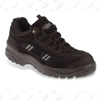 Black Trainer Safety Shoe - AP302SM  Black low cut trainers with steel toe and midsole  200 Joules safety toe-cap, Petrol & Chemical Resistant, Oil Resistant, Heat resistant to 300oC, Steel Midsole, Anti-Static, Double Density Shock