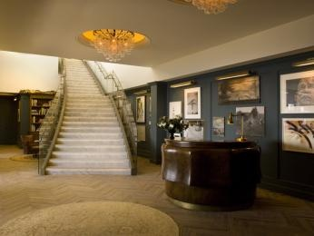 find your escape 14-stories above Sunset Boulevard. Soho House West Hollywood #JetsetterCurator