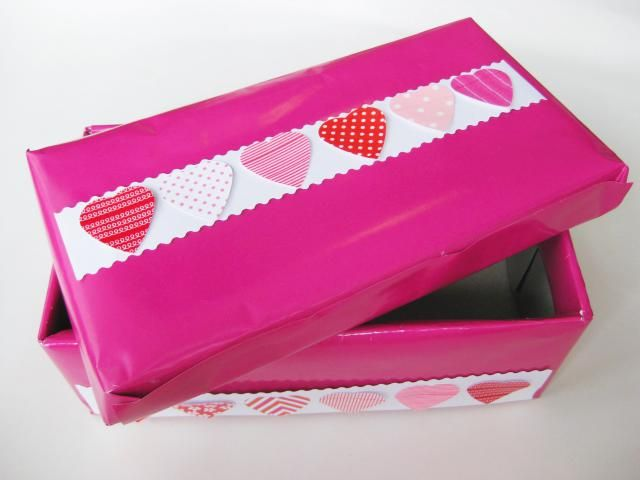 6 Easy-to-Make Valentine's Day Boxes: How to Make a Shoe Box Valentine Box in 4 Easy Steps