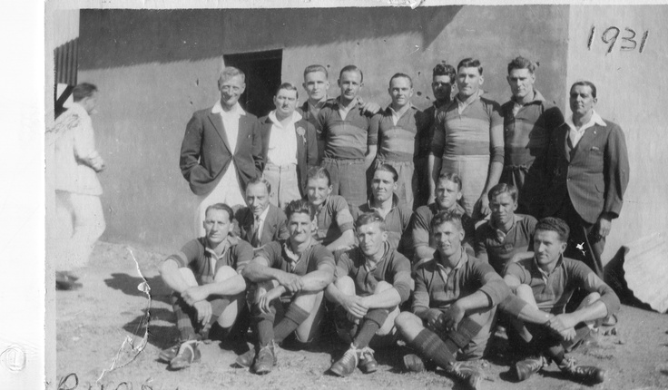 SA Railways 1st Rugby Team 22 Aug 1931 - Oupa Campbell Martin Smith heel regs voor