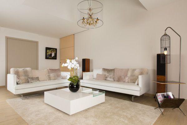 17 meilleures id es propos de canap s en cuir blanc sur - Comment decorer grand salon rendre confortable ...