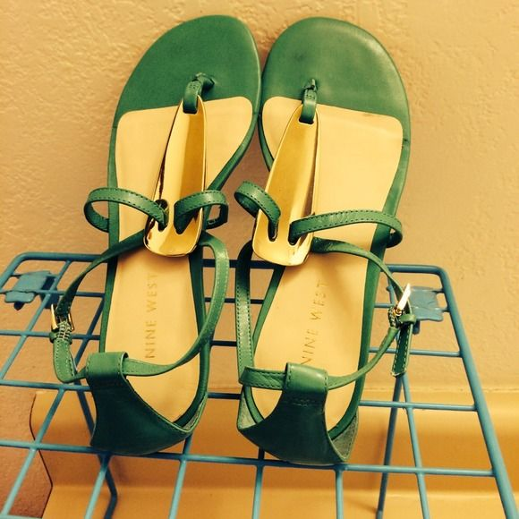 Sandals Nine West sea green sandals with a cute golden mid tongue. Almost new, only worn at trying inside the store. Received a gift, never used them because they are a little too big for me Nine West Shoes Sandals