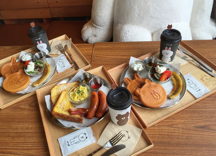 Brunch at Line Friends Cafe, Itaewon. - Theheyheyhey
