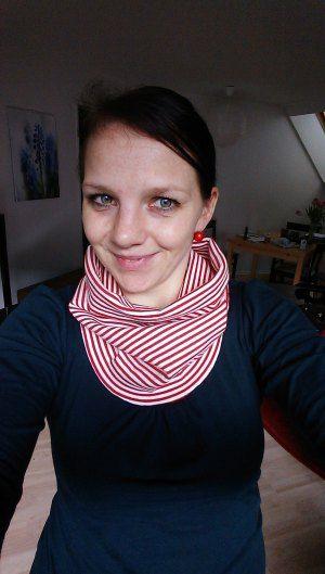 Shelly nach Schnittmuster / Ebook von jolijou über farbenmix im Matrosenmädchen-Style