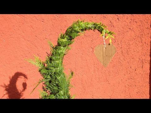 DIY-Weihnachtsdeko: Mini-Tannenbaum für die Fensterbank - YouTube