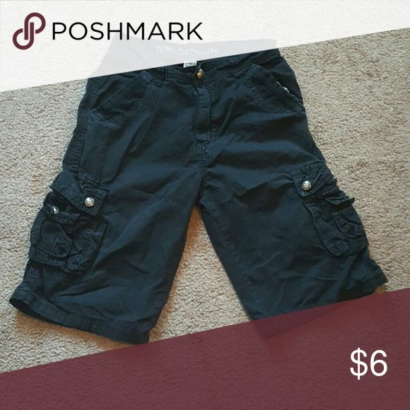 PD&C Boys Cargo Shorts Black cargo Shorts. Good quality Size 16 PD&C Bottoms Shorts