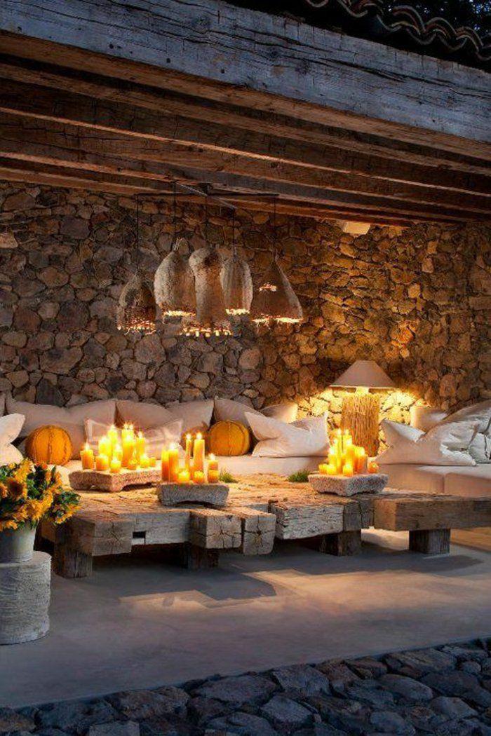 table en bois rustique, meubles de jardin, eclairage de jardin, luminaires extérieurs