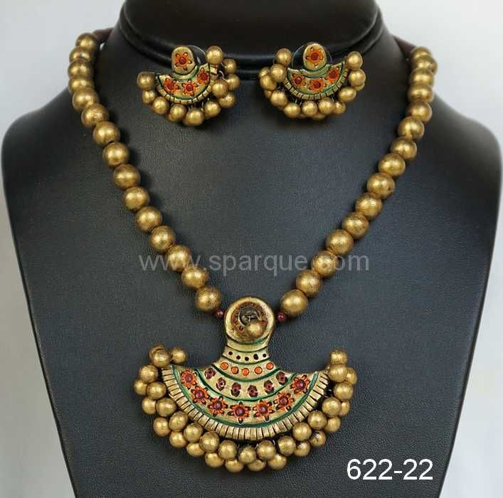 Terracotta jewellery set ..mathching with kerala sarees