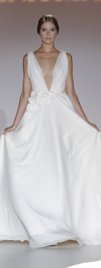 Juana Martín 2015 Barcelona Bridal Week