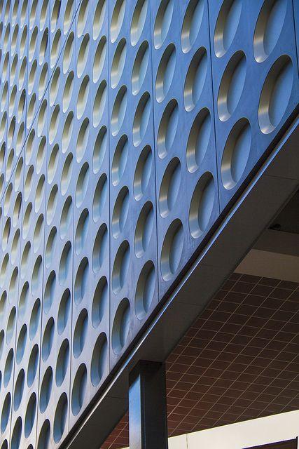 Detail van het Muziekpaleis in aanbouw. Ontwerp van Architectuurstudio HH…