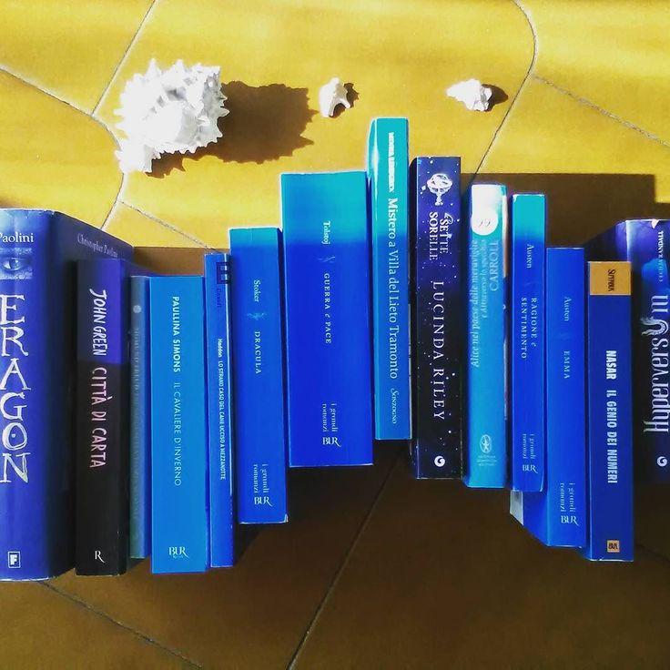 Qualche giorno fa @martiereads  che ringraziamo ci ha taggate per il #bookishwave ecco qui la nostra onda di libri   #libri #leggere #lettura #amoleggere #libriovunque #romanzi #johngreen #janeausten #lucindariley #eragon #libro #mare #onda #book #books #bookstagram #instalibro #instabook #booklover #bookworm #bookish #bookporn #bookaholic #fotodelgiorno #picoftheday #instalike #instagood #instapic