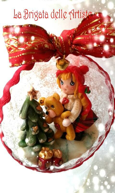 Susi natalizia bambolina realizzata in pasta di mais, porcellana fredda ,porcelana fria