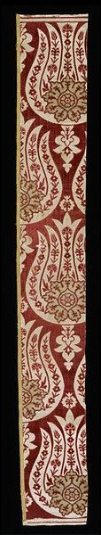 17th century ottoman silk textile with metal-wrapped thread • tulip design made in Bursa, Turkey