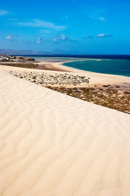 La arena de Jandía - Fuerteventura, Islas Canarias by Andreas Weibel, via Flickr