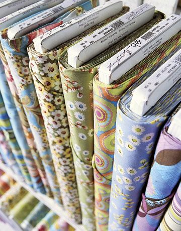 Estimating the Fabric Yardage on a Bolt: Crafts Ideas, Sewing Projects, Layered Equality, Fabrics Wraps, Fabrics Yardag, Thinner Fabrics, Sewing Ideas, Fabrics Stores, Fabrics Left