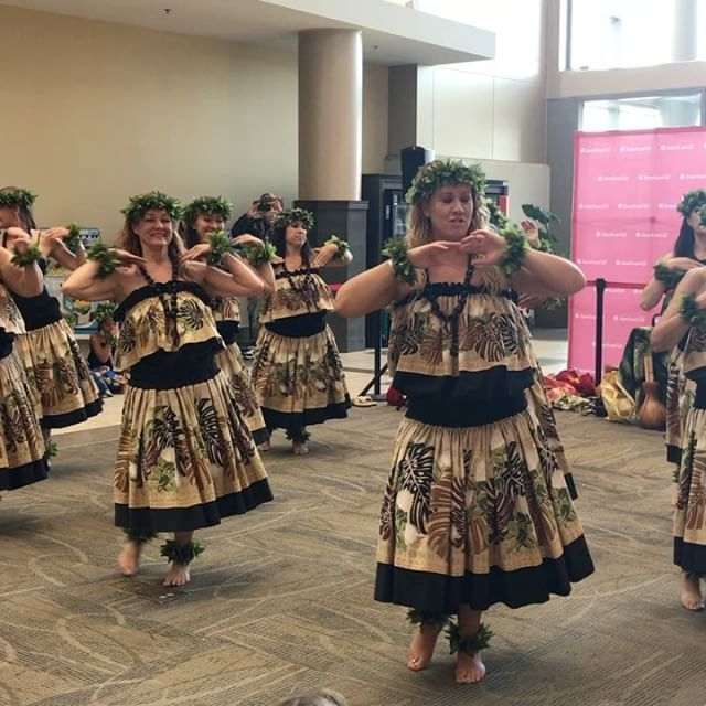 Local Vibes at Oak Park Mall to welcome Nanea to the American Girl Ohana. @oakparkmall @americangirlbrand #oakparkmall #visitOP #americangirlbrand #americangirl #hula #kansascity by oakparkmall