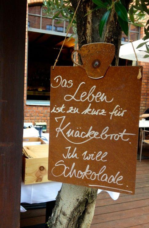 Das Leben ist zu kurz für Knäckebrot! Ich will Schokolade #quote #zitat #neon