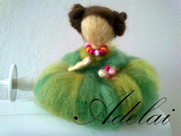 plstěná panenka
