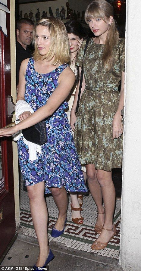 diana agron and taylor swift relationship news