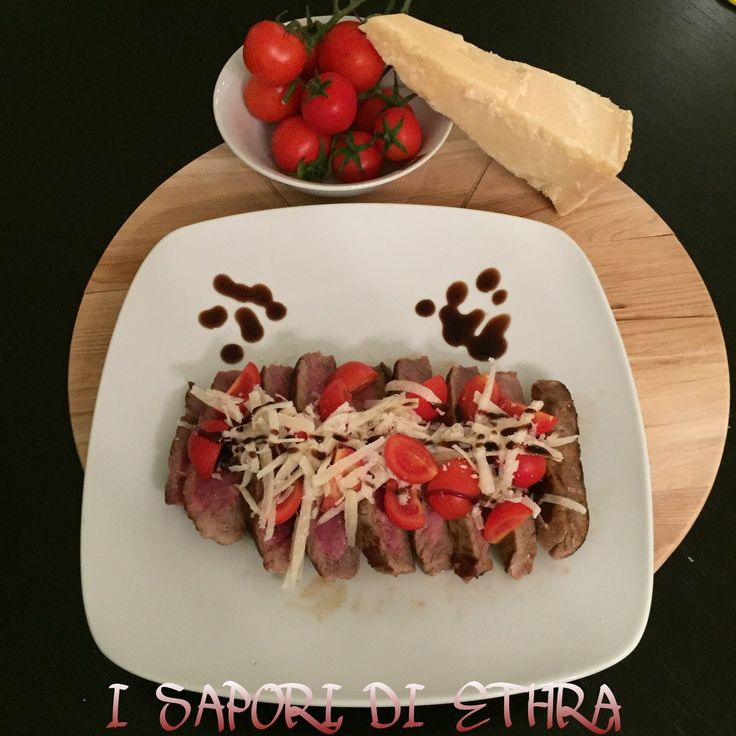 Tagliata+di+entrecote+con+pomodorini+e+grana