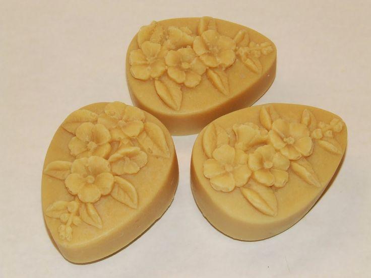 Benke Erika - természetes szappanok és kozmetikumok: Ligetszépe szappan