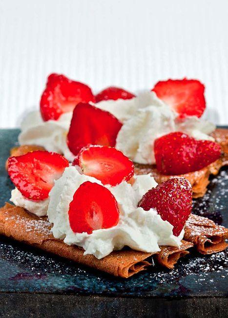 Tarte aux fraises et aux crêpes dentelle