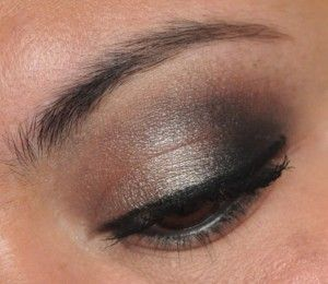 Smoky eyes from Urban Decay's Smoked Palette