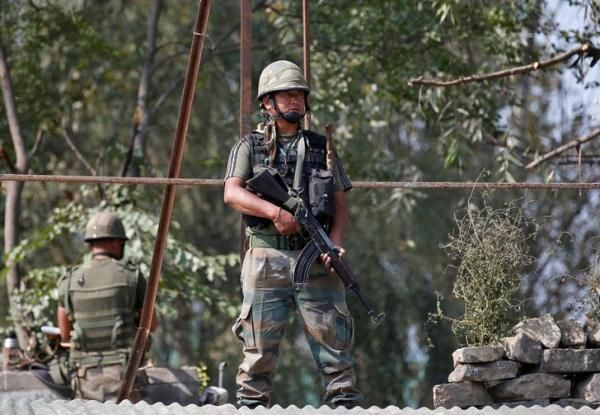 Sachaa News   Srinagar [India], Oct. 1 : Army Chief General Dalbir Singh will visit Army's Northern Command in Jammu and Kashmir toda...