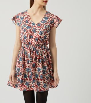 £12.99 New Look Red Flared Sleeve Folk Print Skater Dress