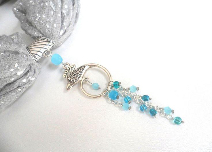 Bijou de foulard bleu oiseau phoenix argenté turquoise perles verre oeil de chat odacassie.alittlemarket.com : Autres bijoux par odacassie