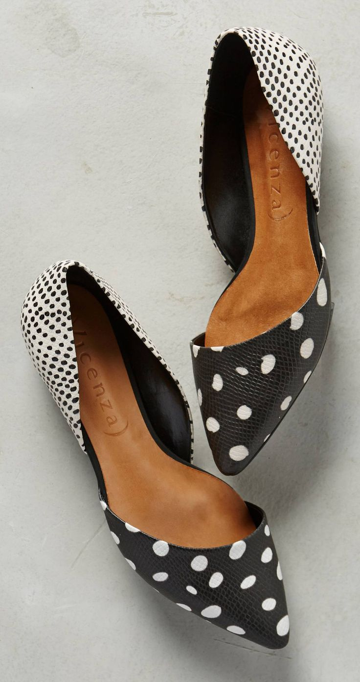 flats customize Dots     Dot cleats Stitch   Fix Polka Dots soccer Flats and Inspiration