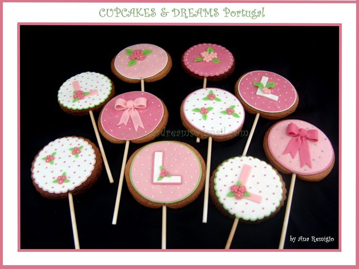 LOVELY PRINCESS CHRISTENING COOKIES - by Ana Remígio CUPCAKES & DREAMS Portugal