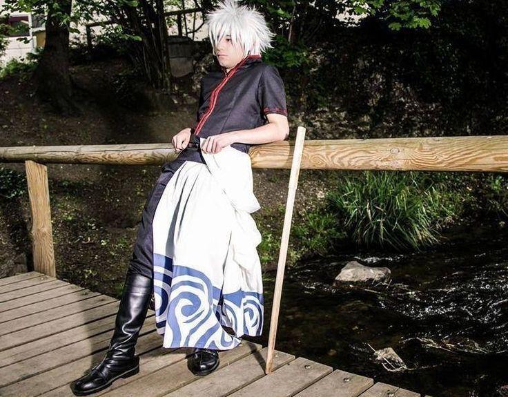 Quand il n'est pas au lycée, il crée des costumes et se déguise en différents personnages de jeux vidéo et de mangas. Dylan Tebbani assouvit sa passion de cosplayer en Europe.