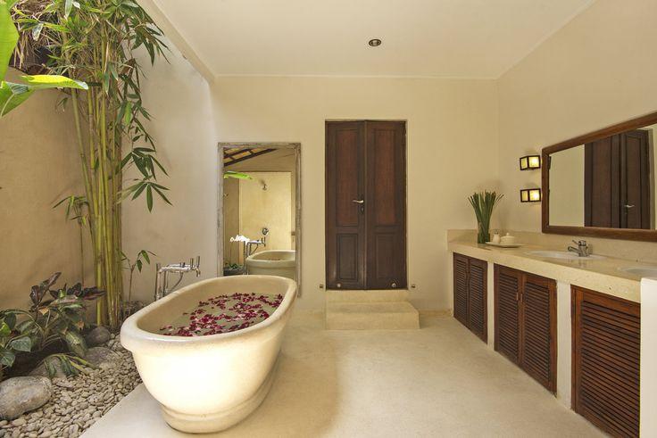 Villa 3 bathroom at Villa Kubu, Seminyak, Bali