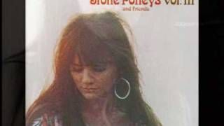 The Stone Poneys (feat Linda Ronstadt) - Different Drum (1967), via YouTube.
