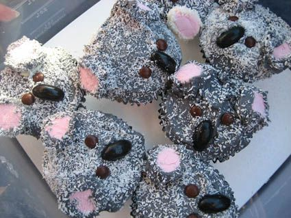 Koala Cupcakes (looks like gray icing, pink marshmallows, brown M, licorice jellybeans and shredded coconut.)