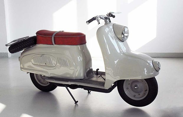 The R10 scooter from BMW 1950