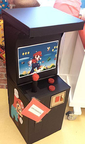 gamekast met Mario als surprise op de Surprisetentoonstelling 2017