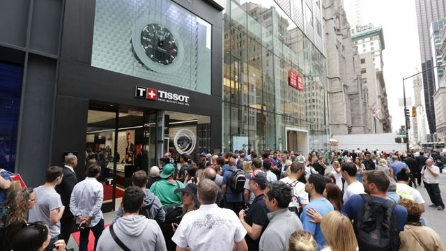 Tissot, famous Swiss watch brand, strengthens its US presence with two boutiques #TissotAmbassador #TonyParker