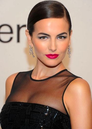 Pin this holiday makeup look now and save for party season!: Ralph Lauren, Lipsticks Colors, Makeup Inspiration, Beautiful Camil, Pink Lips, Camilla Belle, Lips Colors, Bold Lips, Eye