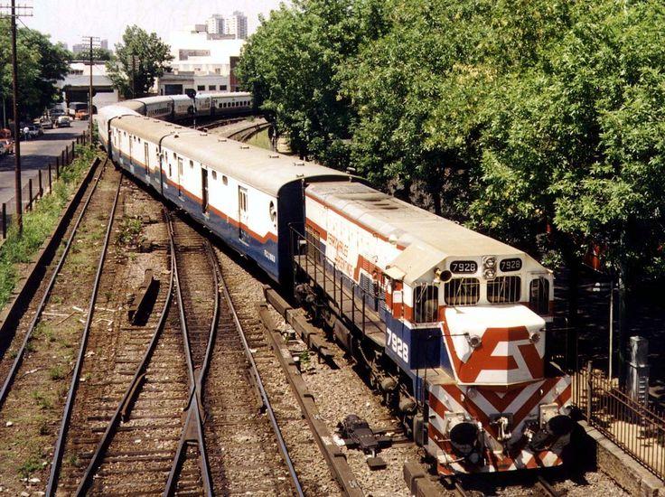Ferrocarriles Argentinos - O Gran Capitán serviço de longa distância a província de Misiones , circa 1990.