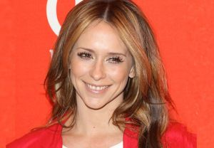 Criminal Minds Season 10 - Jennifer Love Hewitt fills the spot vacated by Jeanne Tripplehorn and will play Kate Callahan