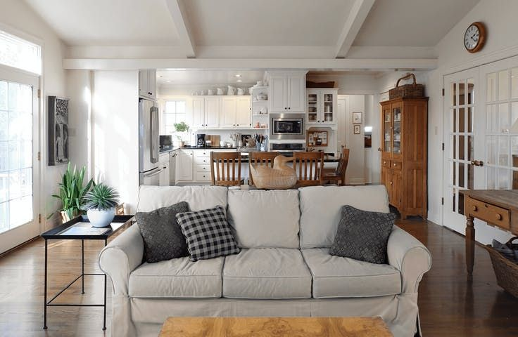House Tour: Modern Farmhouse Style in a Vintage Home   Apartment Therapy