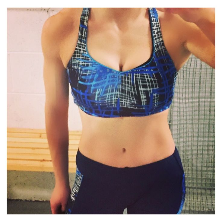 Maximum support padded sports bra - blue printed