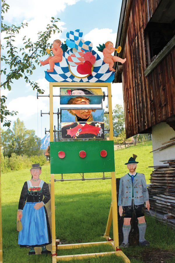 Kirchweih auf der Glentleiten! http://www.bezirk-oberbayern.de/Termine/Veranstaltungen/?FID=1874.65.1