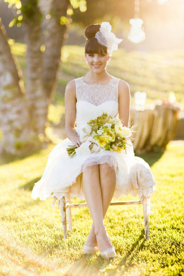 cute way to style short wedding dress