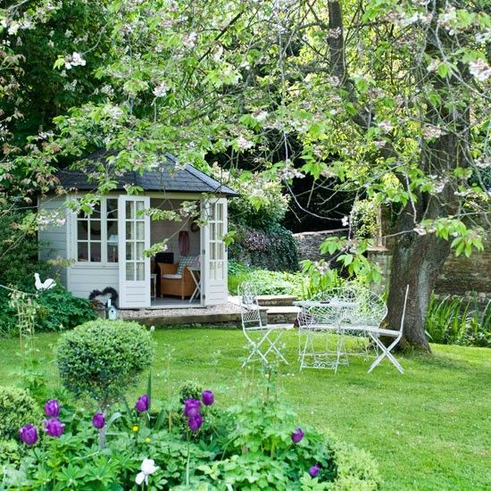Include a summerhouse country gardens 10 of the best for Garden designs with summer house